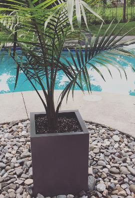 pots de fleurs d 39 ext rieur 15 x 15 x 20 po luma design. Black Bedroom Furniture Sets. Home Design Ideas